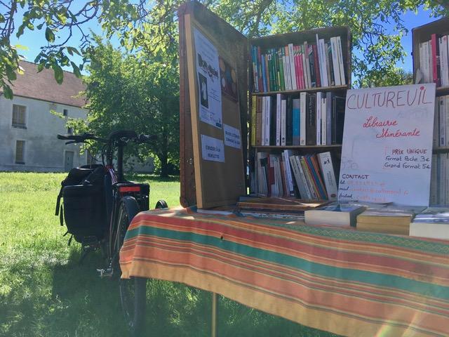 Librairie Nomade Essonne Cultureuil Sur Les Routes